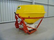 IRIS IP-900P Spreader in Breakwater,