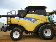 New Holland CR9070 in Esperance,