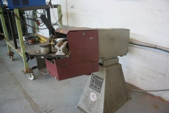 GRIT Linisher in United Kingdom