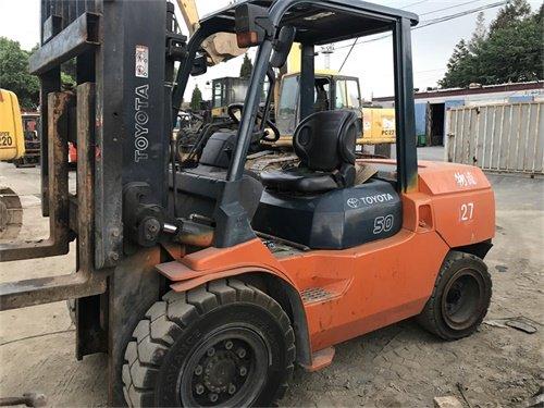 Good price FD50 Japan diesel 5 ton toyota forklift in Shanghai, China