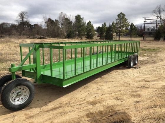 New Winco 25 ft  Hay Feeder Wagon in Paris, TX, USA