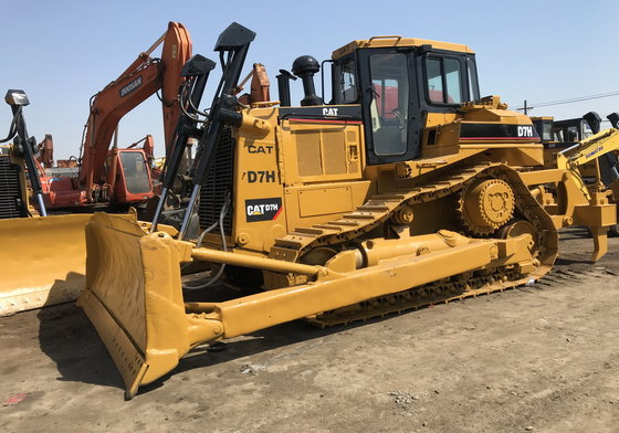 CAT D7H dozer in Shanghai, China