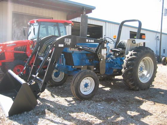 FORD 4630 loader in Farmington,