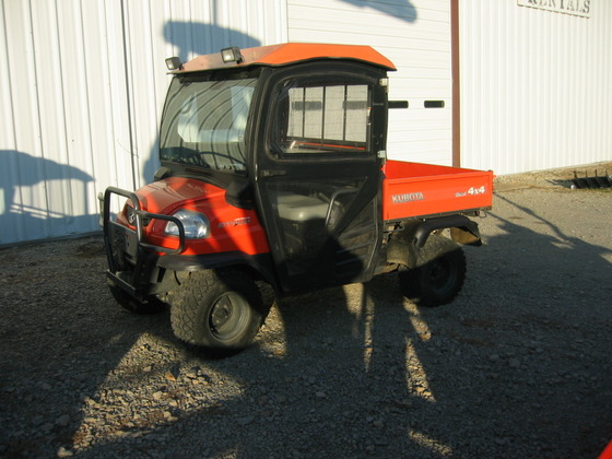 KUBOTA RTV900 CAB in Farmington,