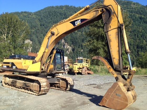 2000 Caterpillar 330BL Excavator in