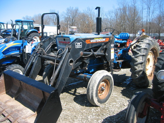 FORD 5000 TRACTOR LOADER in