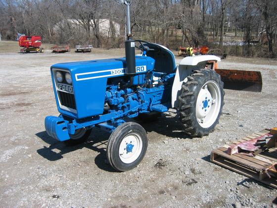 FORD 1300 2WD in Farmington,