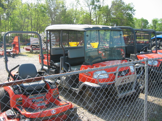 KUBOTA RTV1140 in Farmington, MO