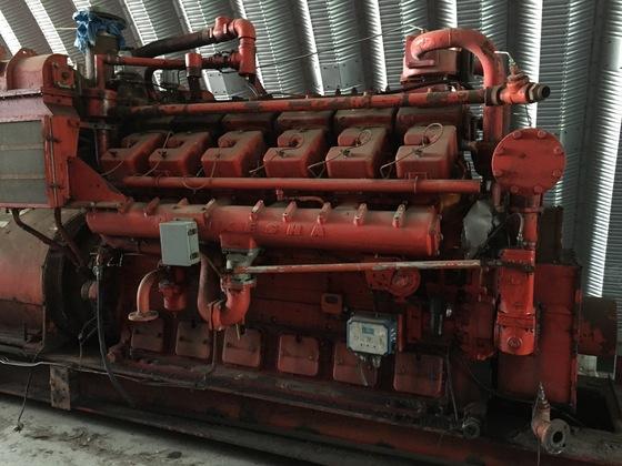 Used Waukesha 7042 Generator Set