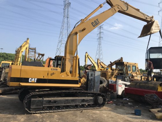 CAT E200B excavator in Shanghai, China