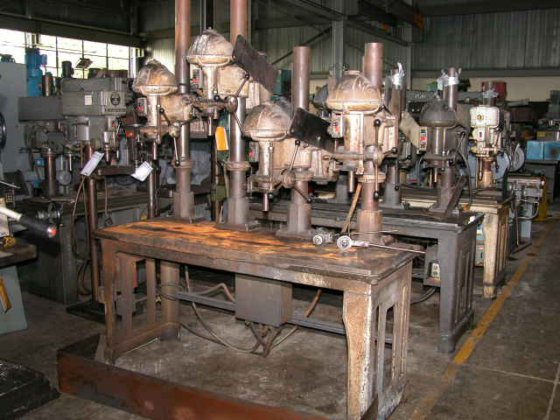 "20"" WALKER TURNER 4-SPINDLE DRILL"