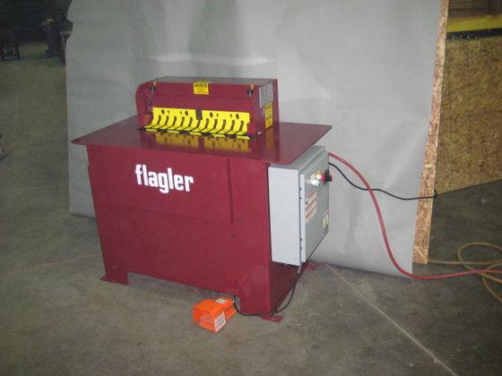 Flagler Air Operated Cleatfolder Machine