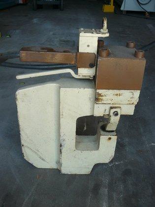 Vernet Portable Hydraulic Punch Unit