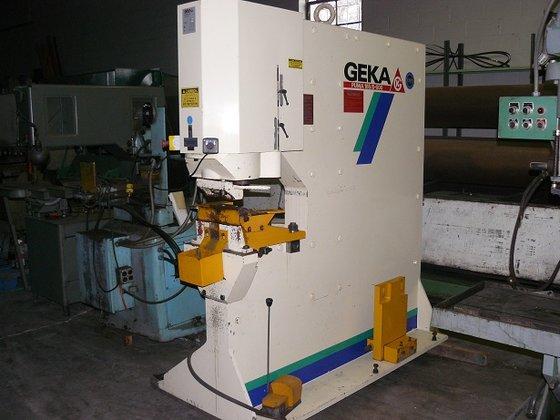 2002 Geka Hydraulic Punch Machine