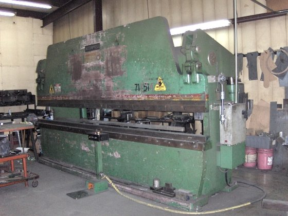 1993 Accupress Hydraulic Press Brake