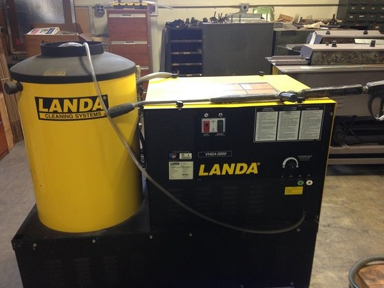 Landa Pressure Washer #2750 in