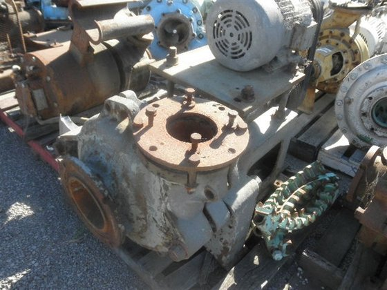 Sand/Sludge/Diaphram Pumps WARMAN in Melbourne,