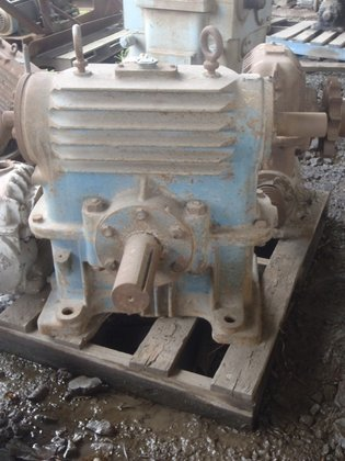 Worm Overdriven Gearbox BORG WARNER