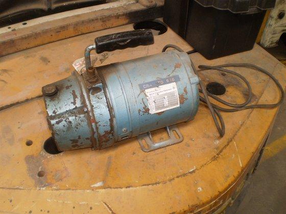 Vacuum Pump DYNAVAC SH51-AX-50M in
