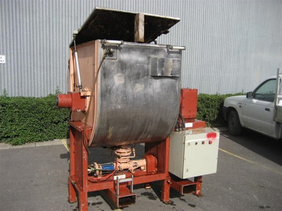 Choc Melting mixer in Melbourne,