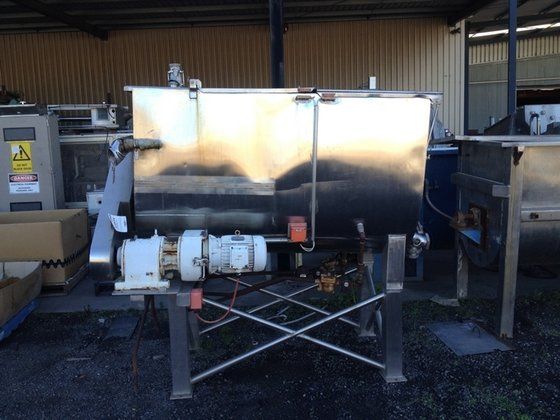 ALFA LAVAL 1500L SS Jacketed