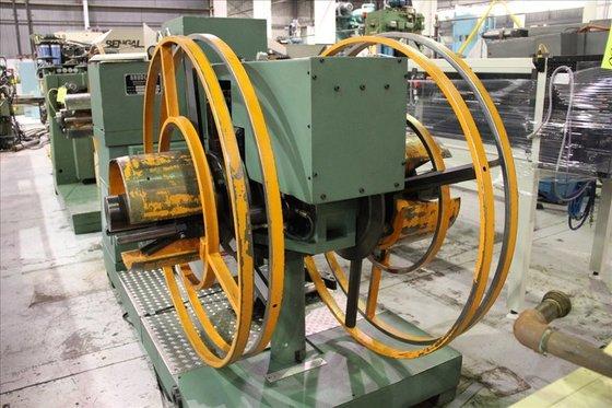Bruderer 24-180-1000-2 Uncoiler/Leveler, 2200 Lb.