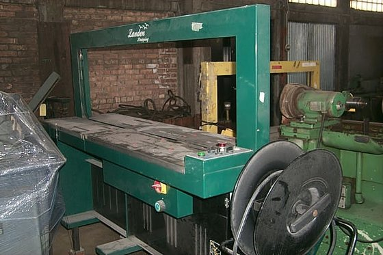 2001 LANDEN Power Strapping Machine