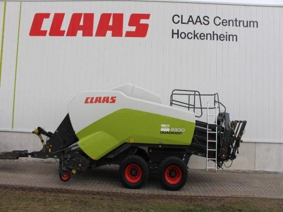 2012 CLAAS QUADRANT 3300 RF