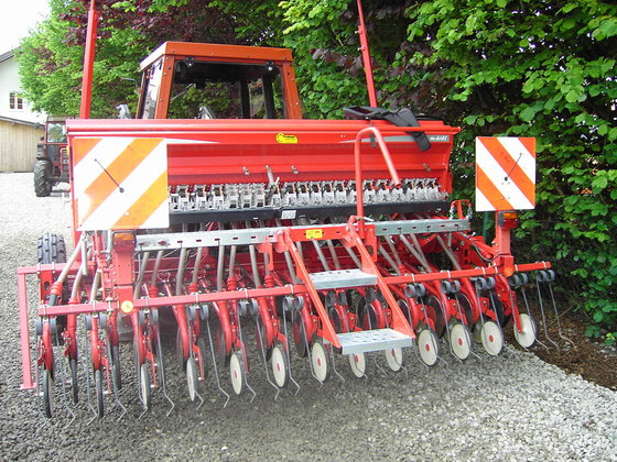 2009 Kverneland m-Drill in Europe