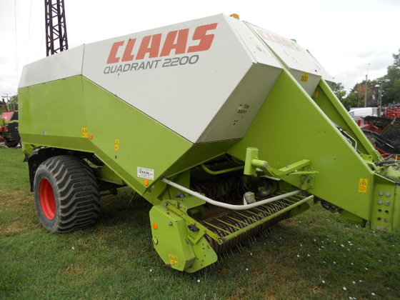 2007 Claas QUADRANT 2200 in