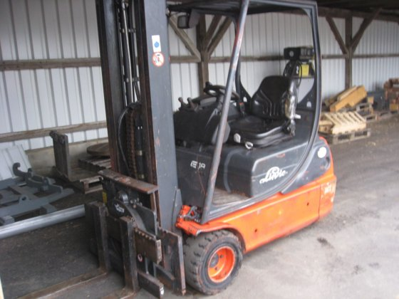 2000 Linde E18 in Europe