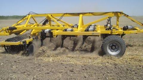 2011 Busa VE-2,6 nehéz szántóföldi