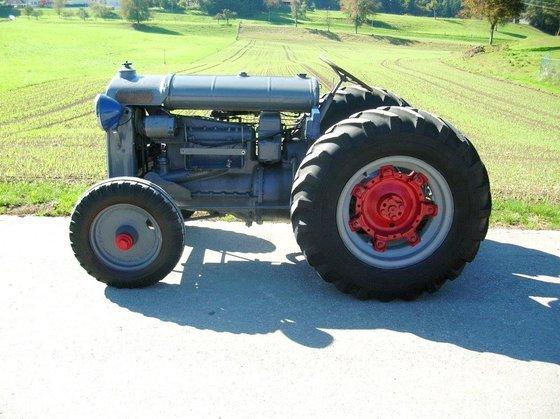 Fordson Oldtimer Traktor Model F