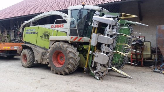 2009 Claas Jaguar 830 in