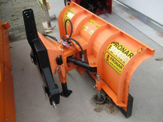 2011 PRONAR PU 1400 in