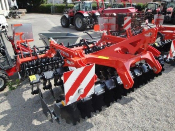 2014 Kuhn Optimer 303 Plus