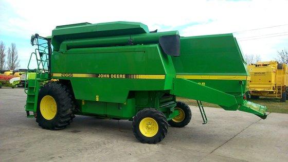 1996 John Deere 2056 in