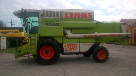2001 Claas Mega-208 in Europe