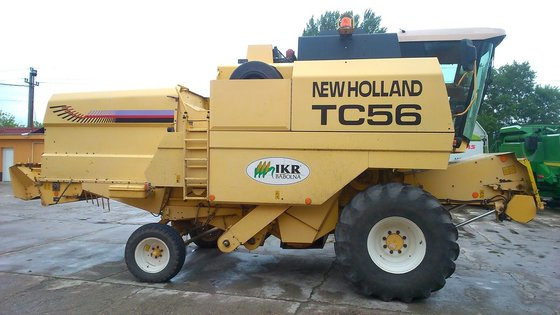 2002 New Holland TC-56 in
