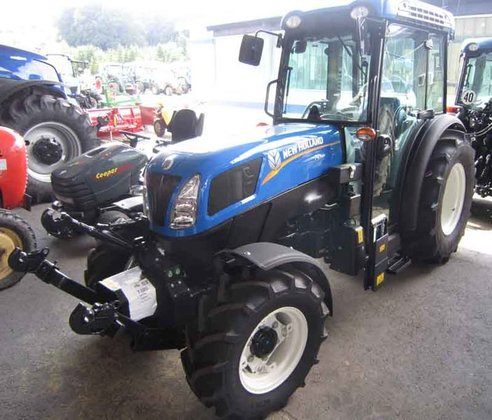 2015 New Holland T4.95N in