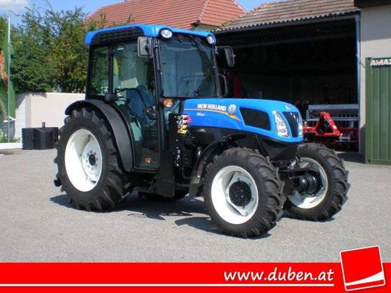 2017 New Holland T4.95F in