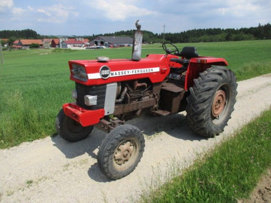 Massey Ferguson 1080 in Europe
