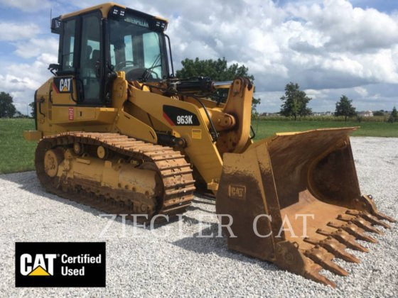 2017 CATERPILLAR 963K in Altoona, IA, USA