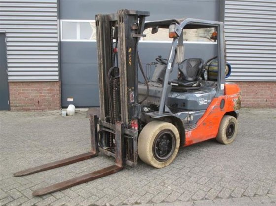 2008 Toyota 02-8FGF30 Forklift in
