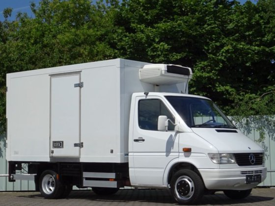 1999 Mercedes-Benz Sprinter 412 CDi 90kw Thermo King freezer in Bad  Bentheim, Germany