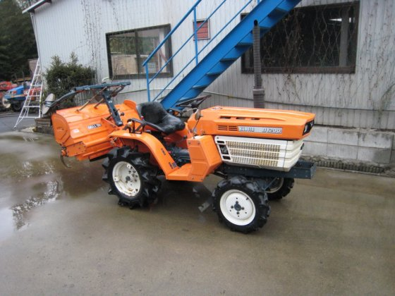 Kubota B1200 4 4 12Hp In Stavrochori Greece