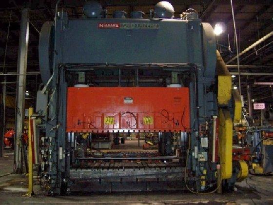 """500 ton Niagara 144""""x60"""" Used"""