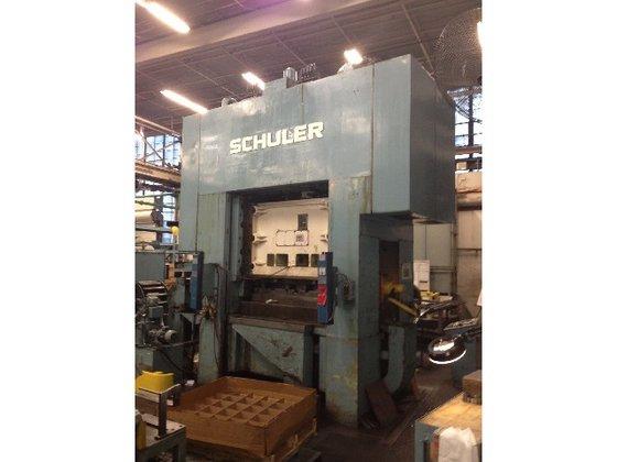 """1980 250 ton Schuler 64""""x44"""""""