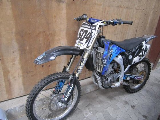 Yamaha YZ 450 crosser in
