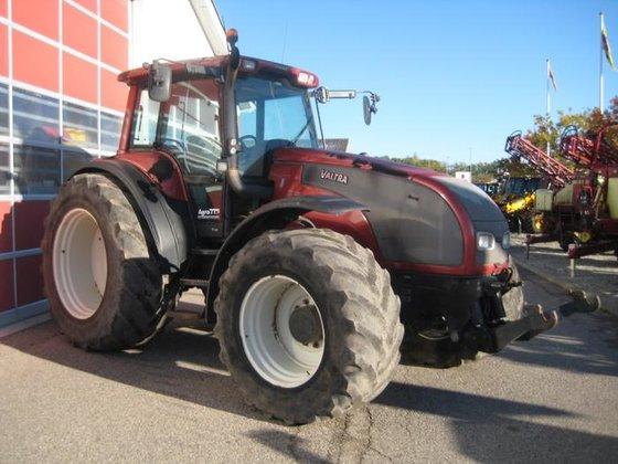 2004 Valtra T190 in Hobro,